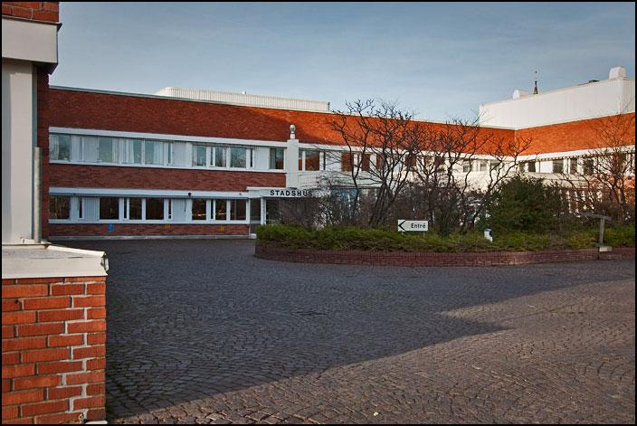 100. Stadshuset