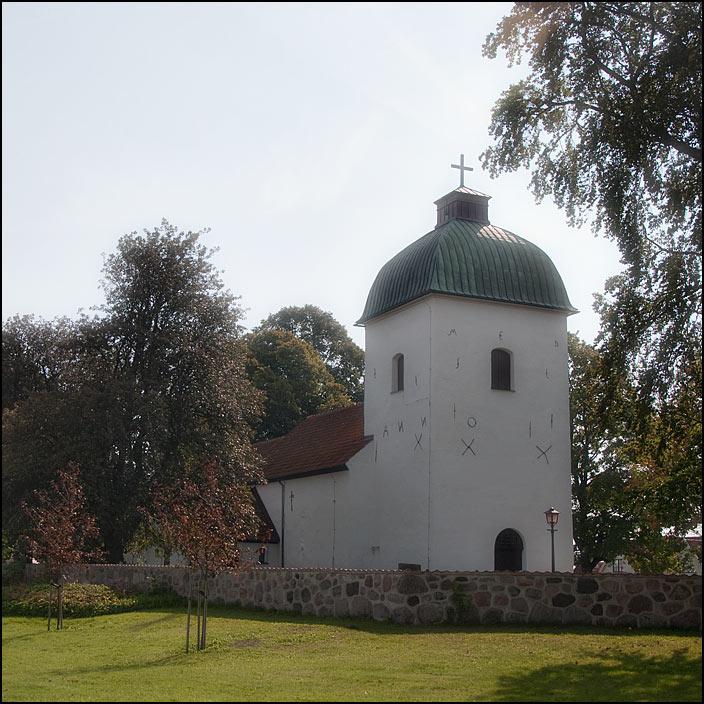 71. Sallerups kyrka