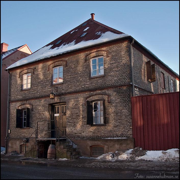 06. Gatuhus på Storgatan