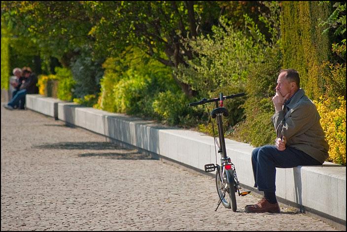 Tankfull man med cykel