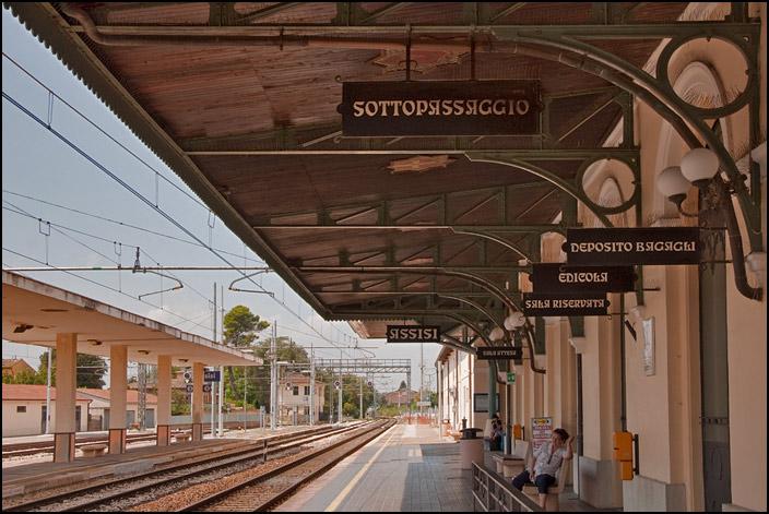 Järnvägsstationen i Assisi