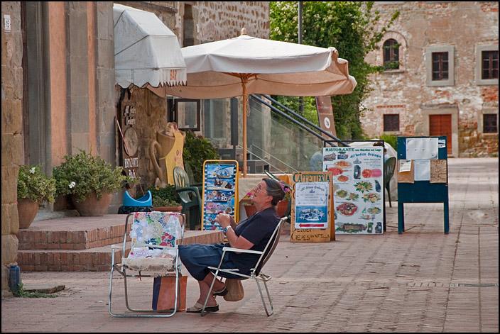 Piazzan på Isola Maggiore i Lago Trasimeno