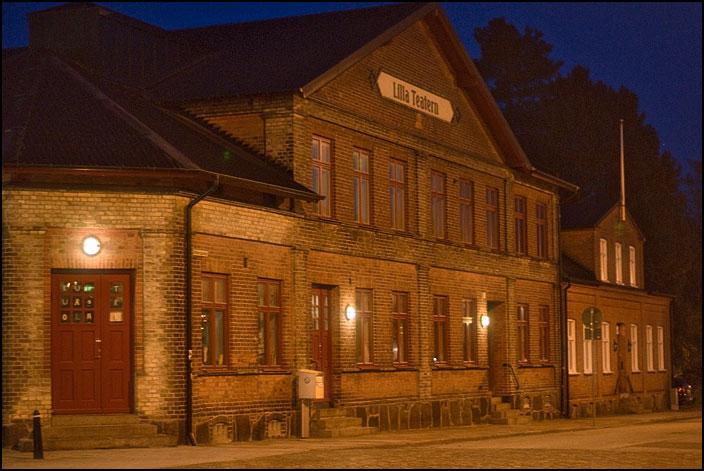Lilla teatern i kvällsljus