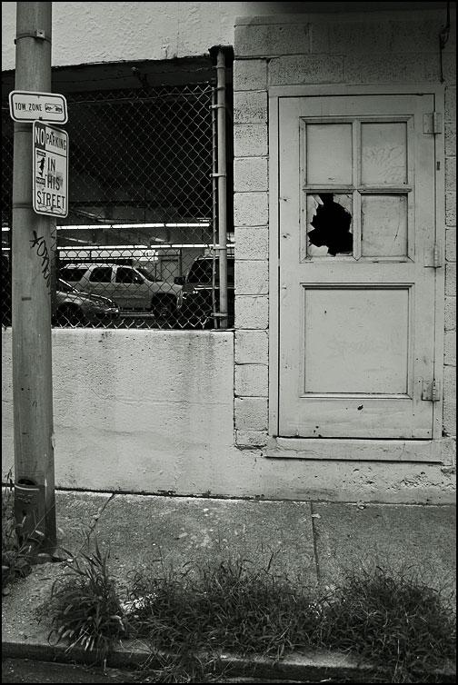 Uppbrutet fönster