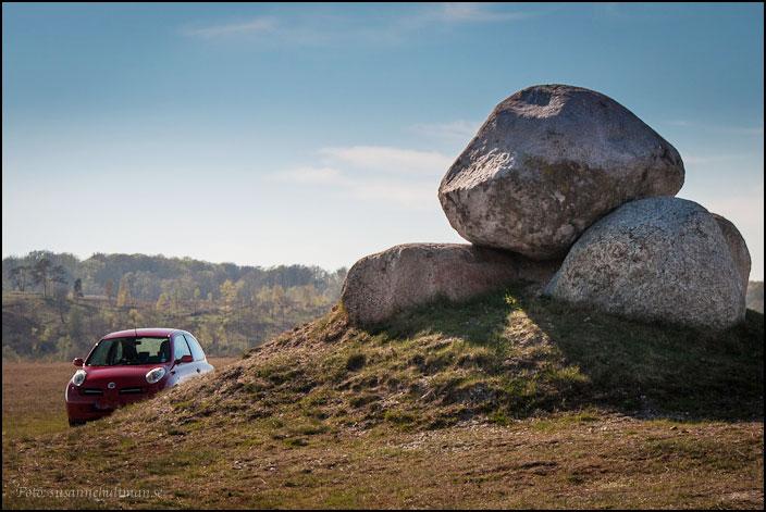 Bil och stenar