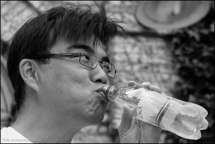 Rei dricker vatten