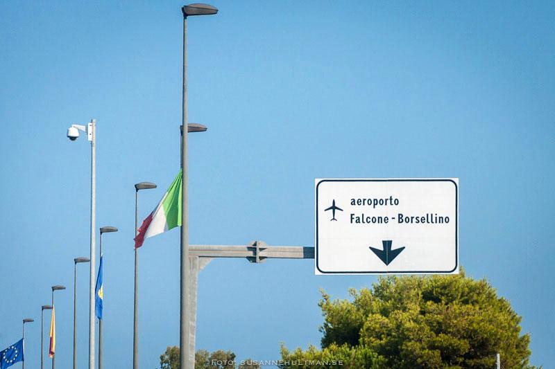 Skylt mot Palermos flygplats