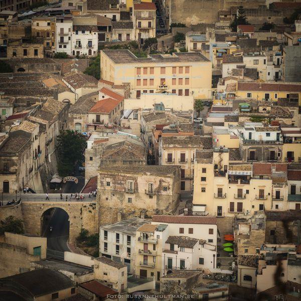 Gatubild över Castellammare