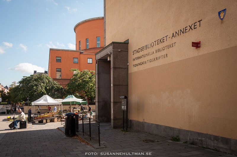 Stockholms stadsbibliotek med annexet