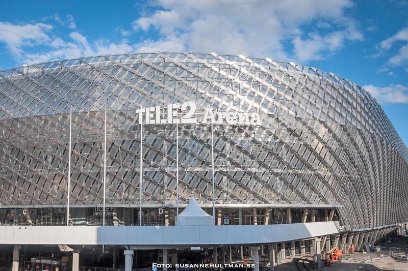 Tele2 Arena med stor skylt