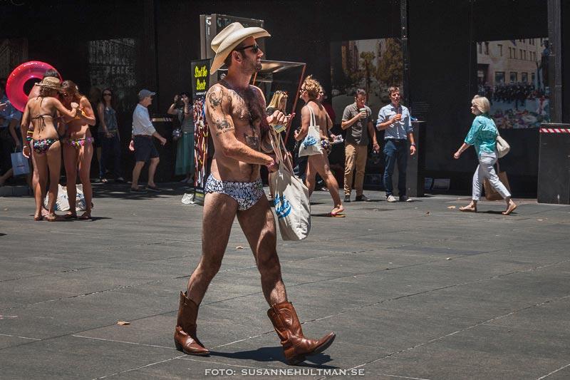 Cowboyklädd man
