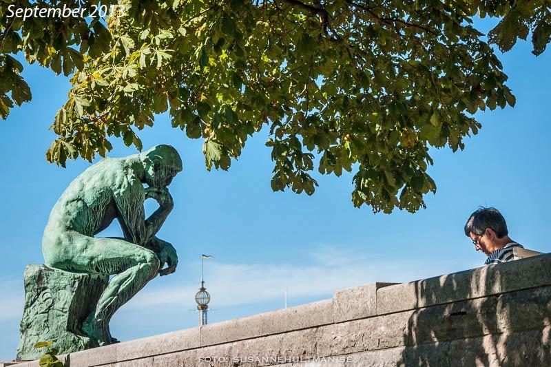 """Auguste Rodins skulptur """"Tänkaren"""" på Waldemarsudde"""