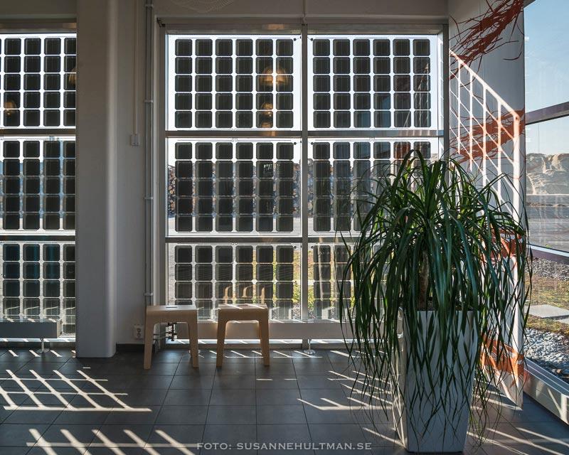 Solceller på soliga fönster