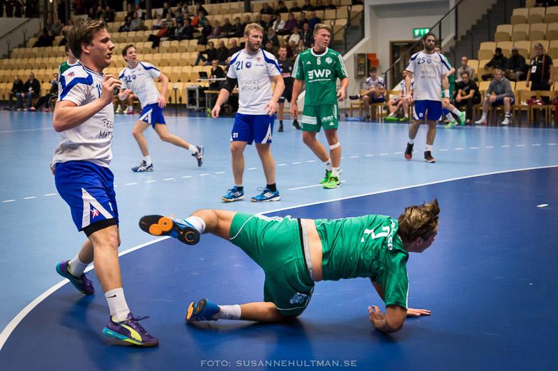Handbollsspelare på knä