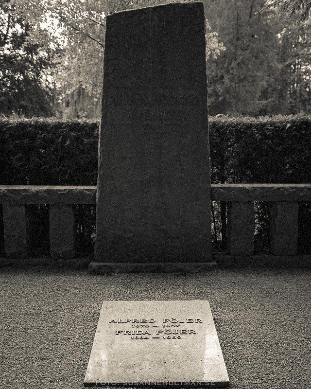 Alfred Föjers gravsten