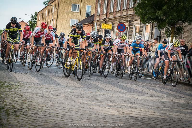 Cyklister i bredd