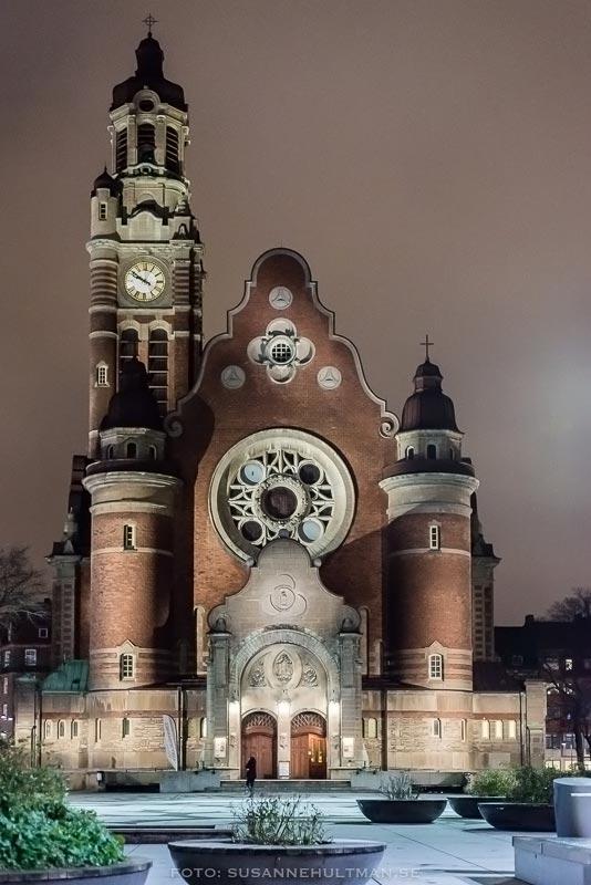 Sankt Johanneskyrkan i mörker
