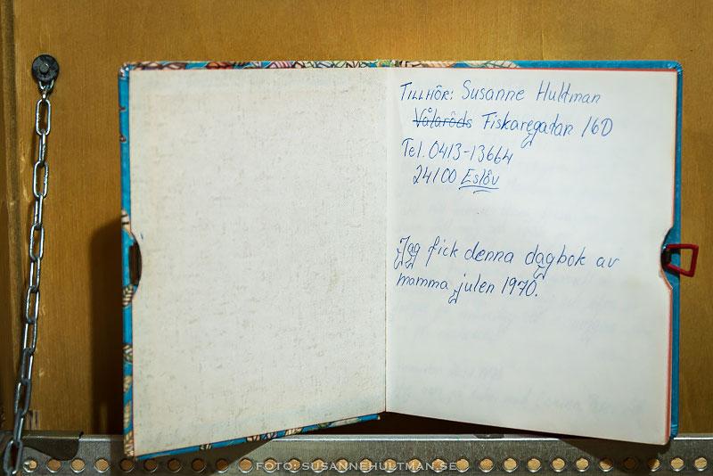 Första uppslaget i dagboken med min adress.