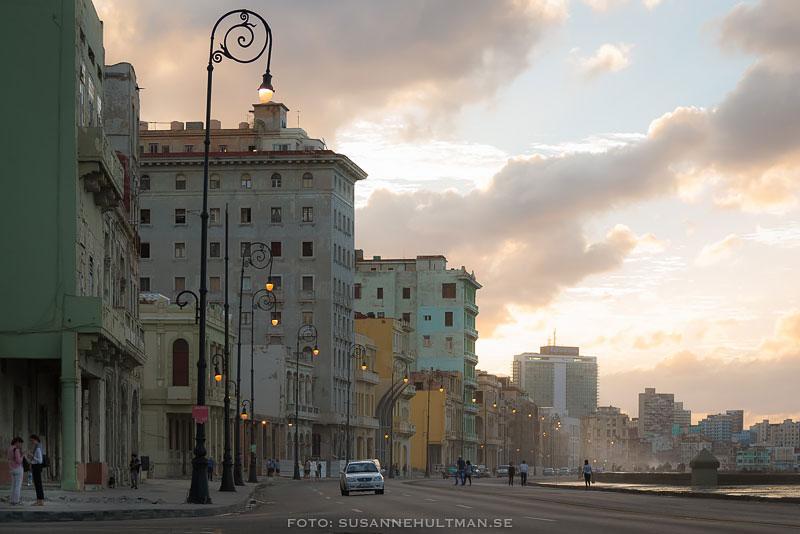 Solnedgång vid Malecón