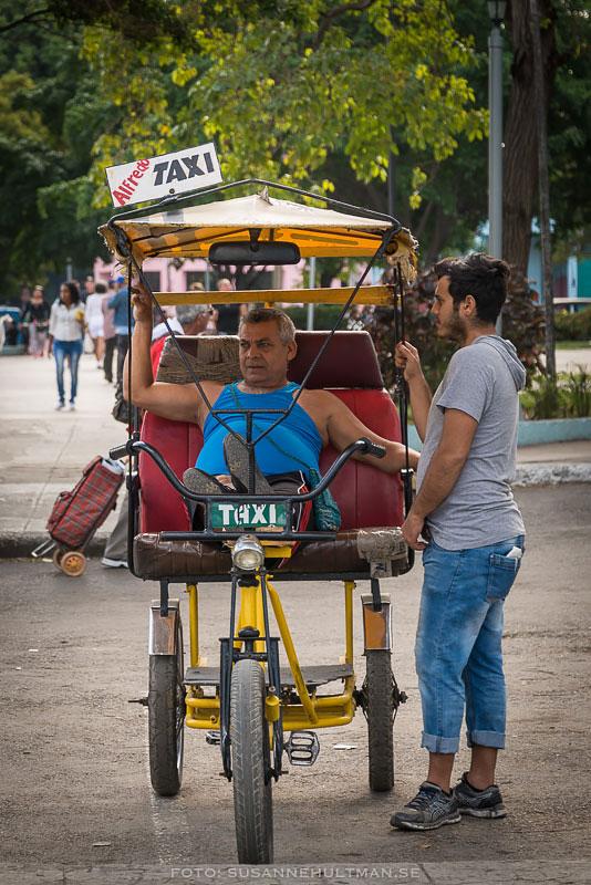 Cykeltaxi tar paus