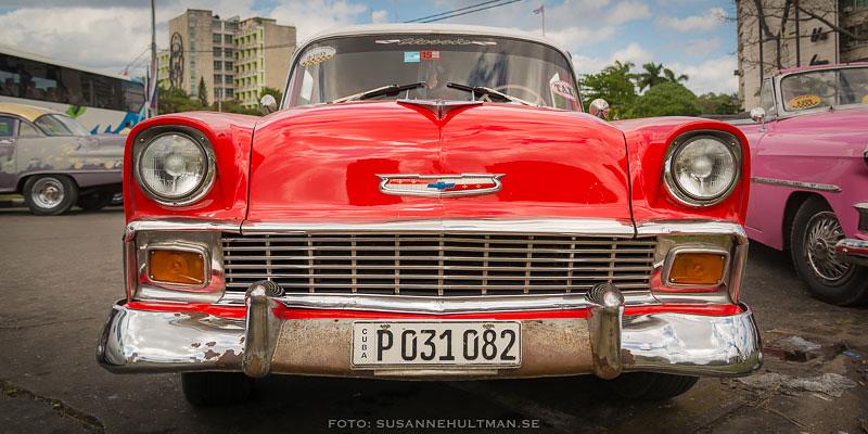 Röd bil