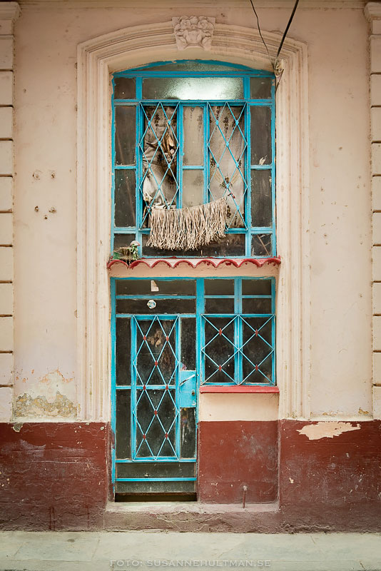 Fönster i turkos
