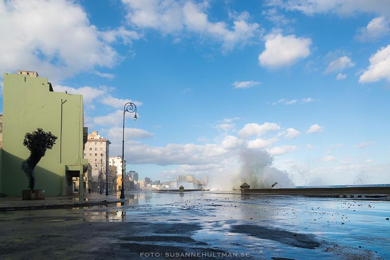 Vatten vid Malecón