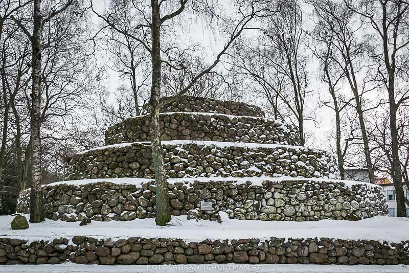 Stenberget med snö