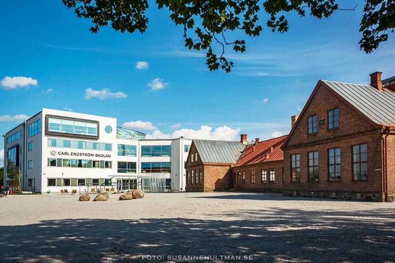 Carl Engström-skolan och Östra skolan.