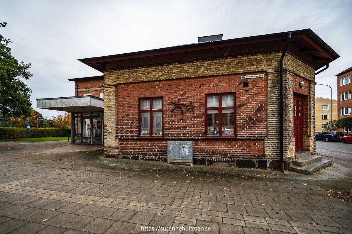 Kulturskolans fasad mot Återvändsgränd.